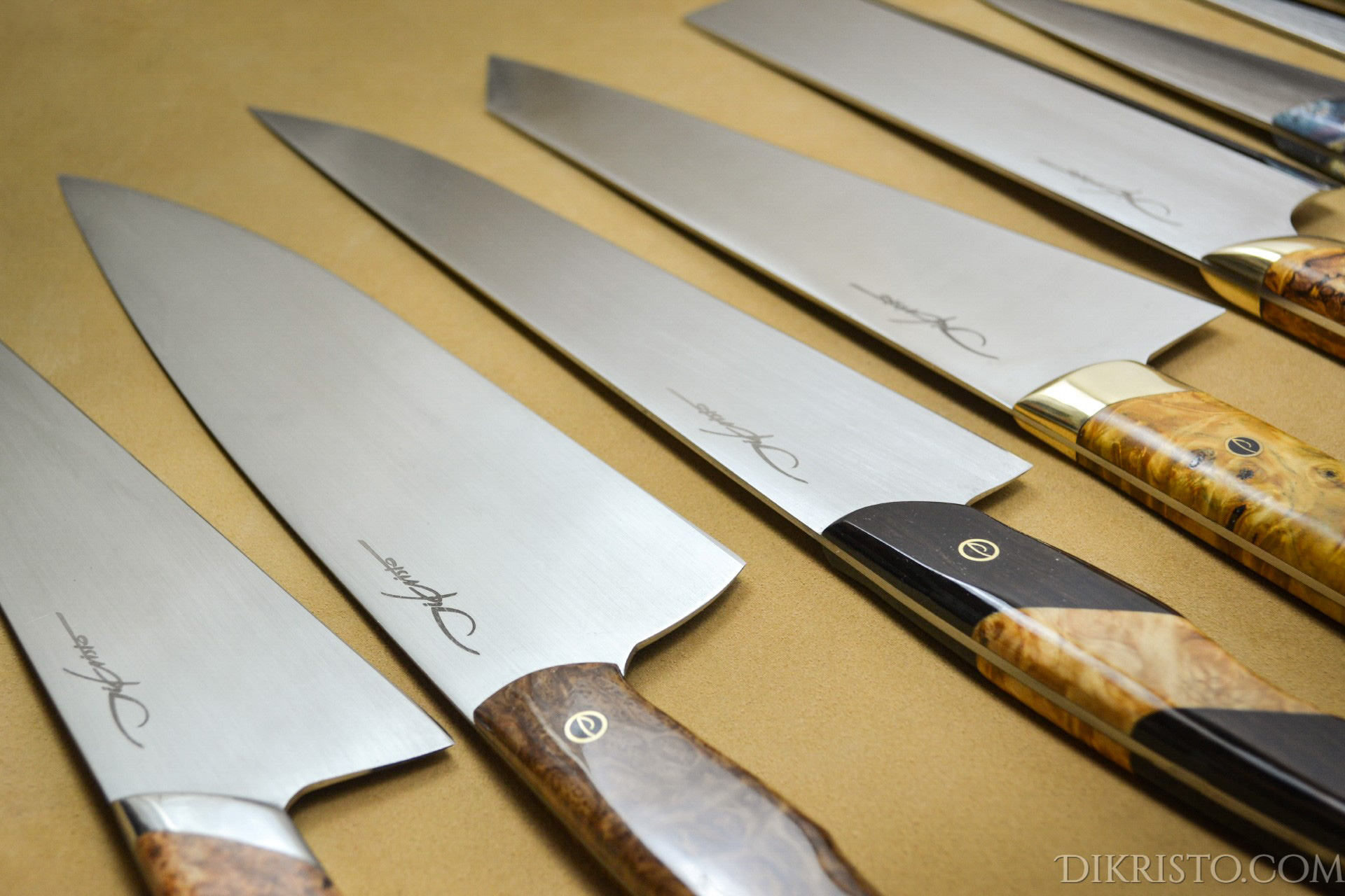 which is the best steel for kitchen knives